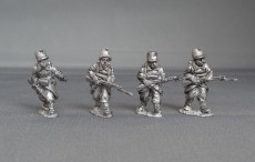 Belgian line infantry/Chasseurs a pied advancing