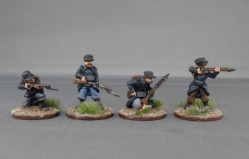 Belgian infantry in Yser cap Firing line