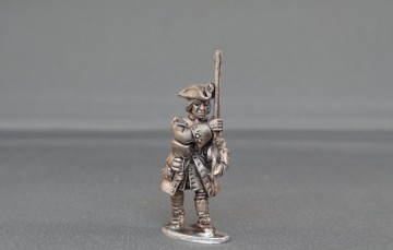 French musketeer marching WSSFM04