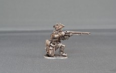 Musketeer Kneeling firing with cockade WSSMC02