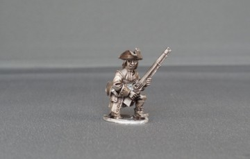 Musketeer kneeling with cockade WSSMC03
