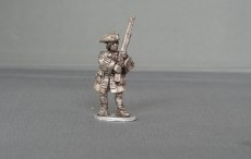 Musketeer of Spanish and Walloon Guards stood presenting WSSMSWG04
