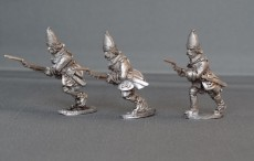 GNW Swedish grenadiers in tall cloth mitres charging SGNWG02