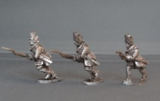 GNW Swedish grenadiers in short cloth mitre charging SGNWG03
