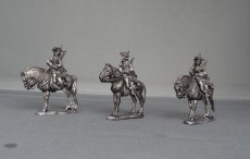 Russian Dragoons on standing horses in Tricorn's GNWRDST02
