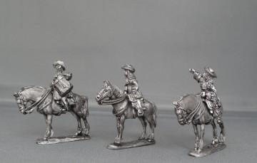 Dragoon Regiment in floppy hats stood WOTLOADR01