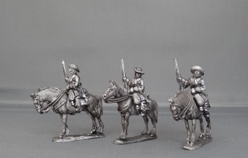 Dragoons in floppy hats standing WOTLOAD01